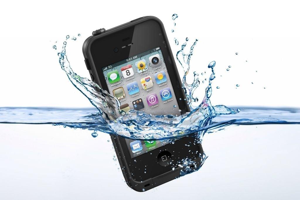 Waterproof telefoonhoesje kopen, een echte aanrader!
